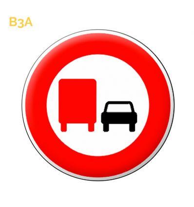 B3a - Panneau interdiction aux transports + de 3.5T de dépasser Mysignalisation.com