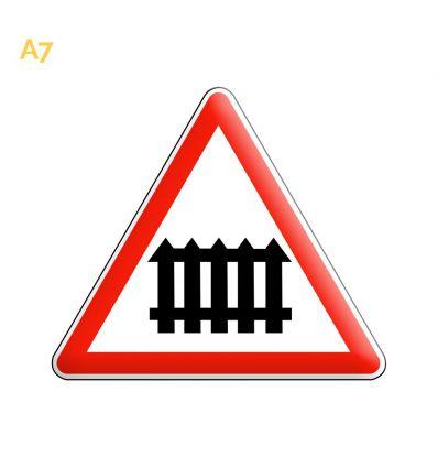 A7 - Panneau passage à niveau muni de barrières Mysignalisation.com