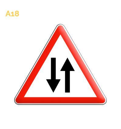 A18 - Panneau circulation dans les 2 sens Mysignalisation.com